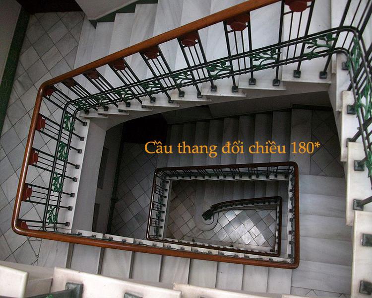 cầu thang đổi chiều 180 độ
