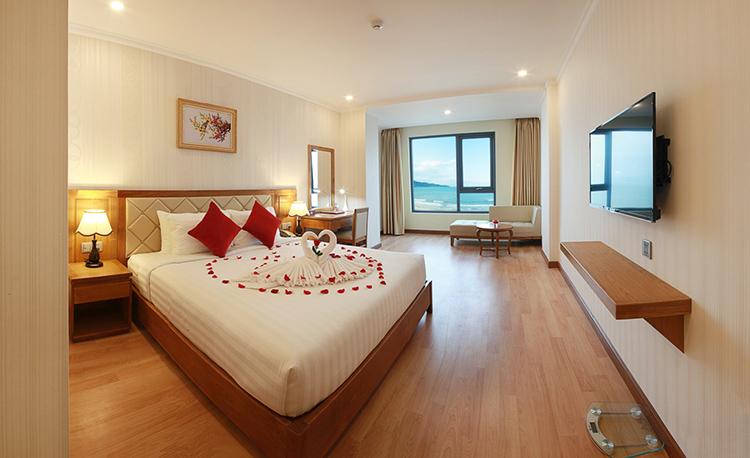 khách sạn 4 sao Serene Danang Hotel