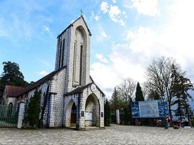 Kiến trúc Pháp hiện diện trên nhà thờ ở sapa