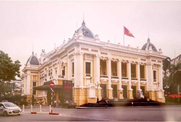 quảng trường đầu tiên của Việt Nam