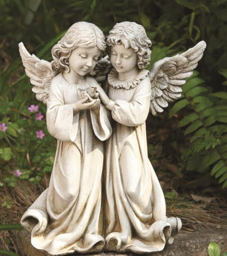 tưởng thiên thần trang trí vườn