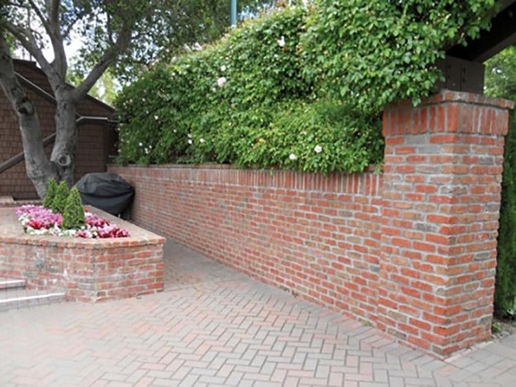 hàng rào gạch