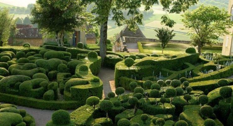 Vườn Pháp phong thủy Việt