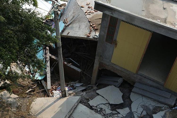 nhà bị lún sụt