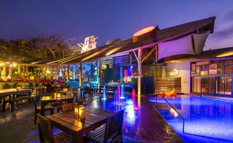 Bar tại Resort