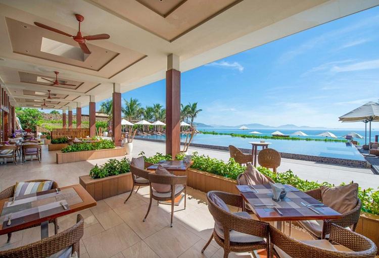 Nhà hàng tại Resort