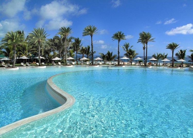 Thiết kế Resort với hồ bơi và không gian ngoài trời tuyệt đẹp - View 1