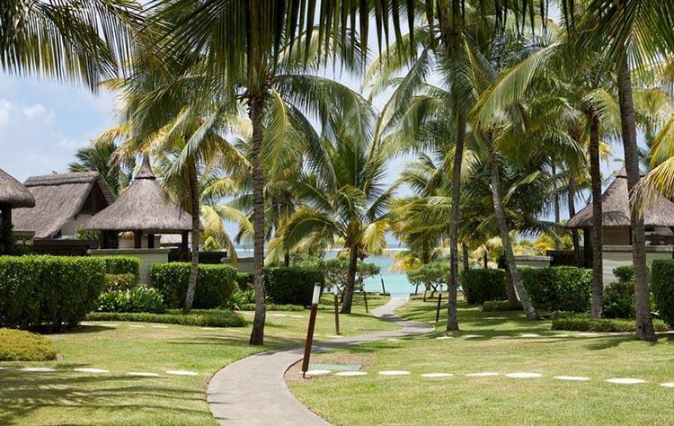 Thiết kế Resort với hồ bơi và không gian ngoài trời tuyệt đẹp - View 4