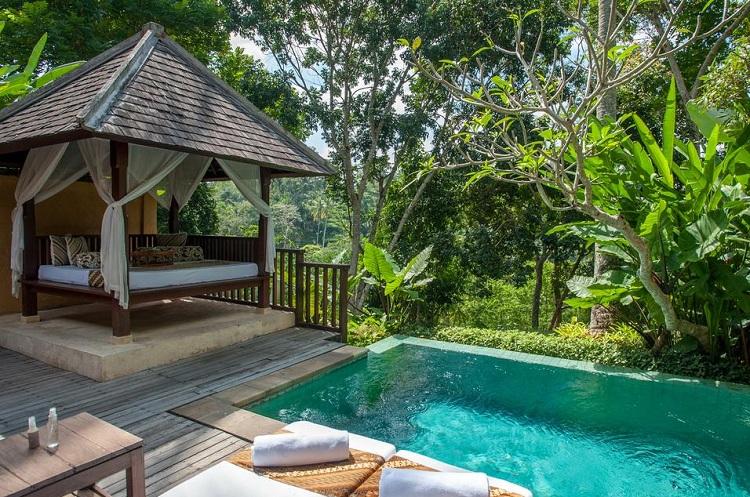 top-7-hotel-sang-trong-nhat-indonesia-Komaneka-at-Tanggayuda-1