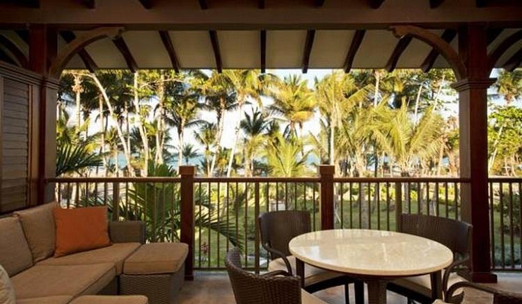 Ngắm nhìn cảnh quan đẹp từ bên trong Resort