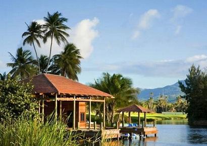 Resort-5-sao-voi-khong-gian-thanh-binh-bia