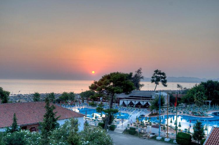 Vẻ đẹp Resort ven biển với những ấn tượng tuyệt đẹp của khung cảnh và dịch vụ