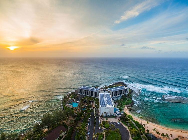Resort nghỉ dưỡng có sân golf sát biển đẹp khó tin - View 1
