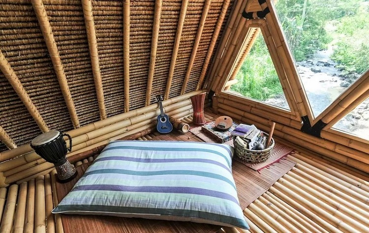 Bungalow tại Resort hoang sơ với kiến trúc tre lứa ấn tượng - tiện dụng