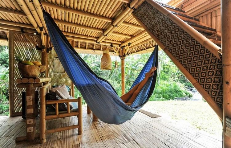 Bungalow tại Resort hoang sơ với kiến trúc tre lứa ấn tượng - thân thiện với du khách