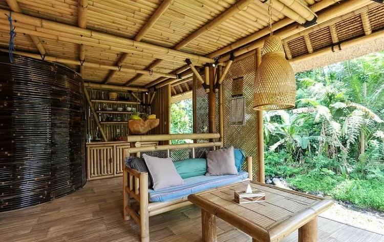 Bungalow tại Resort hoang sơ với kiến trúc tre lứa ấn tượng - tạo cảm giác lạ giữa thiên nhiên
